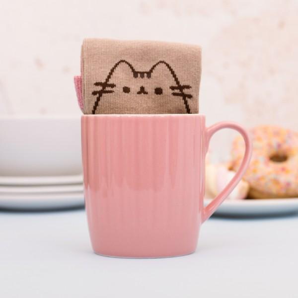 Pusheen Home - Tasse mit Socke - Pink Cupcake